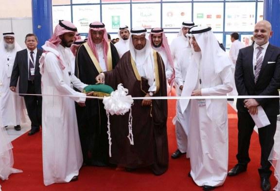 318 شركة مثلت20 دولة في الحدث..  معرض البلاستيك والبتروكيماويات يختتم أعماله غداً في جدة في جدة