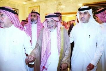 الملك سلمان يُعزي أبناء السبيعي هاتفياً.. وأمراء ووزراء ورجال أعمال في وداع رائد العمل الخيري